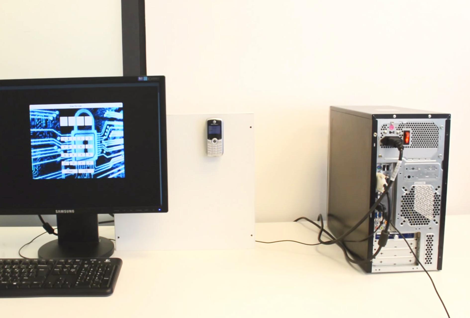 Xâm nhập máy tính không kết nối Internet bằng một chiếc điện thoại đơn giản