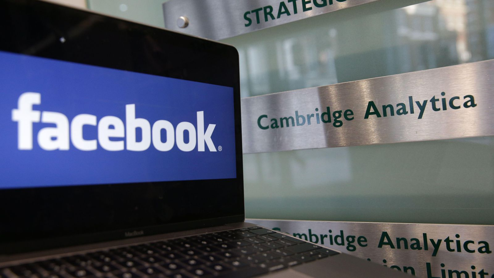 securitydaily_facebook bị phạt
